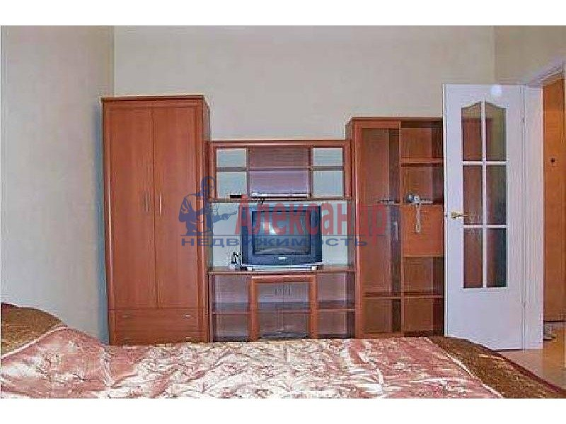 1-комнатная квартира (40м2) в аренду по адресу Просвещения пр., 53— фото 2 из 2
