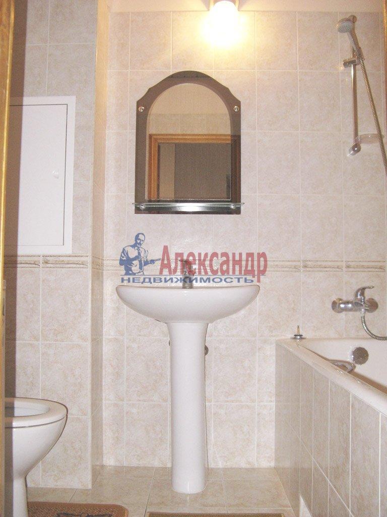 1-комнатная квартира (39м2) в аренду по адресу Заневский пр., 28— фото 3 из 9