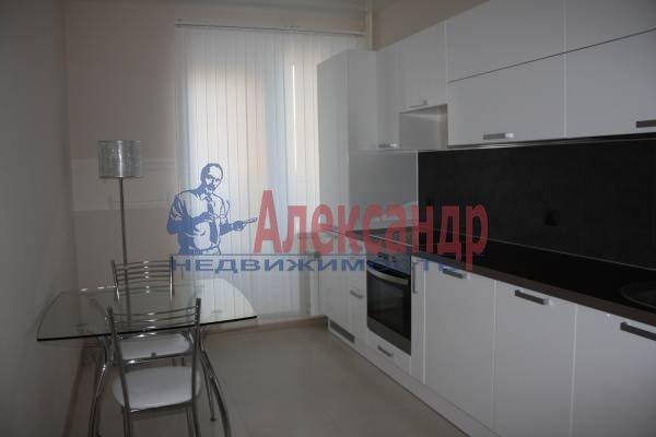 1-комнатная квартира (42м2) в аренду по адресу Учительская ул., 18— фото 6 из 6