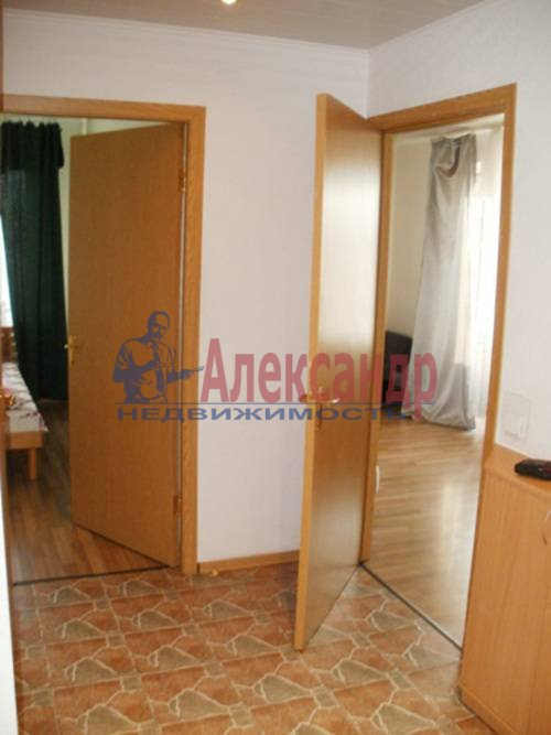 2-комнатная квартира (58м2) в аренду по адресу Орджоникидзе ул., 53— фото 2 из 6