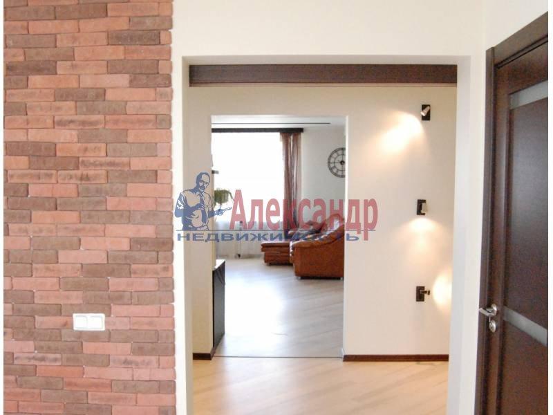2-комнатная квартира (100м2) в аренду по адресу Кораблестроителей ул., 30— фото 9 из 14