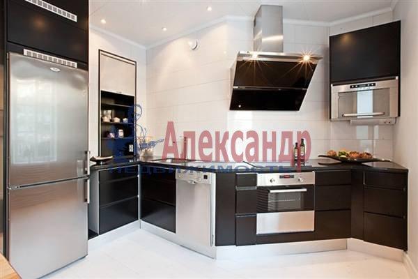 2-комнатная квартира (70м2) в аренду по адресу Итальянская ул.— фото 11 из 12