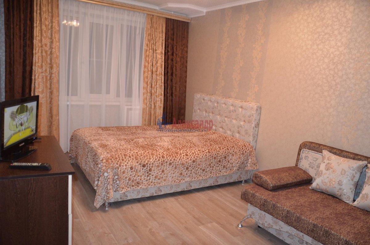 1-комнатная квартира (35м2) в аренду по адресу Шотмана ул., 11— фото 1 из 3