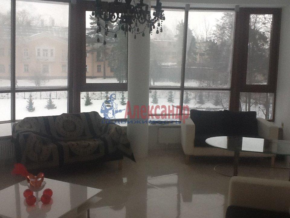 1-комнатная квартира (65м2) в аренду по адресу Сестрорецк г., 1 Мая ул., 3— фото 5 из 5
