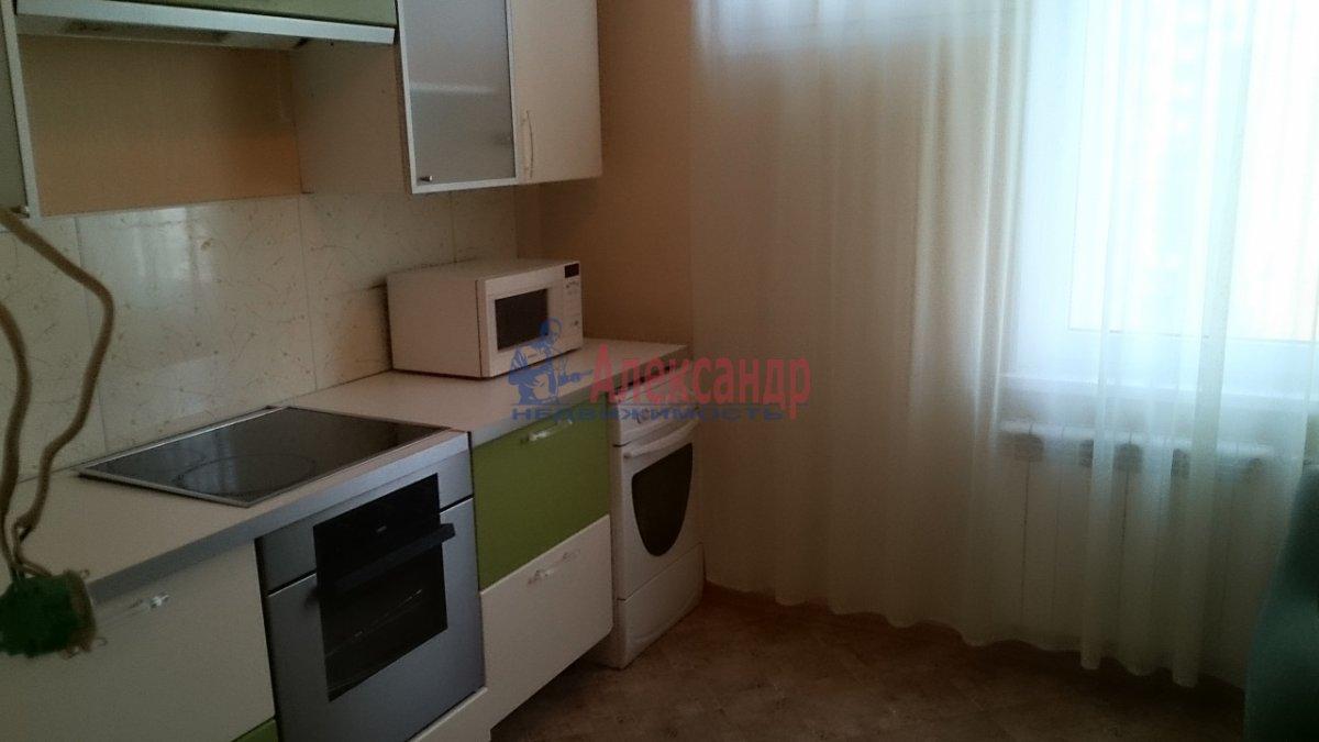 1-комнатная квартира (40м2) в аренду по адресу Стародеревенская ул., 6— фото 5 из 8