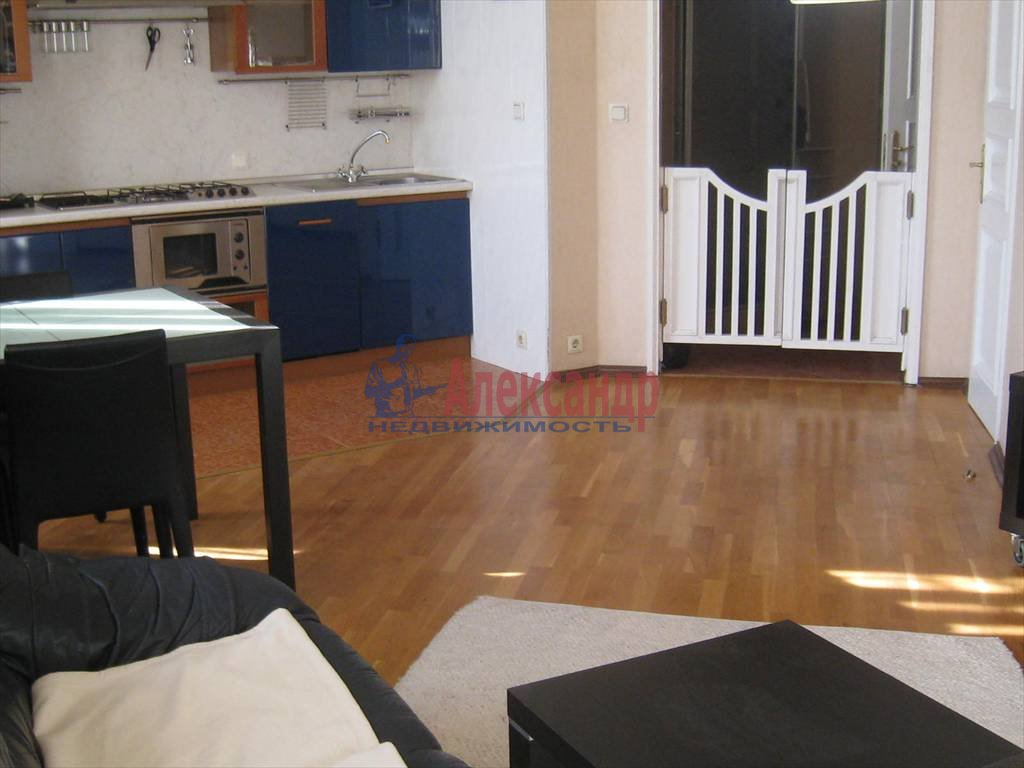 2-комнатная квартира (60м2) в аренду по адресу Мытнинская наб., 7— фото 5 из 7