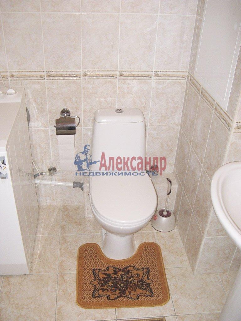 1-комнатная квартира (39м2) в аренду по адресу Заневский пр., 28— фото 4 из 9