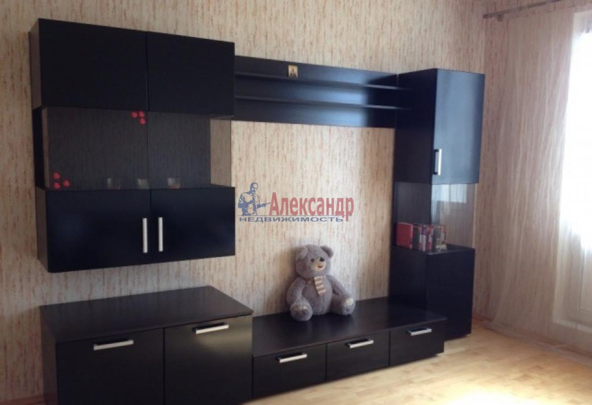 1-комнатная квартира (48м2) в аренду по адресу Народного Ополчения пр., 181— фото 1 из 9