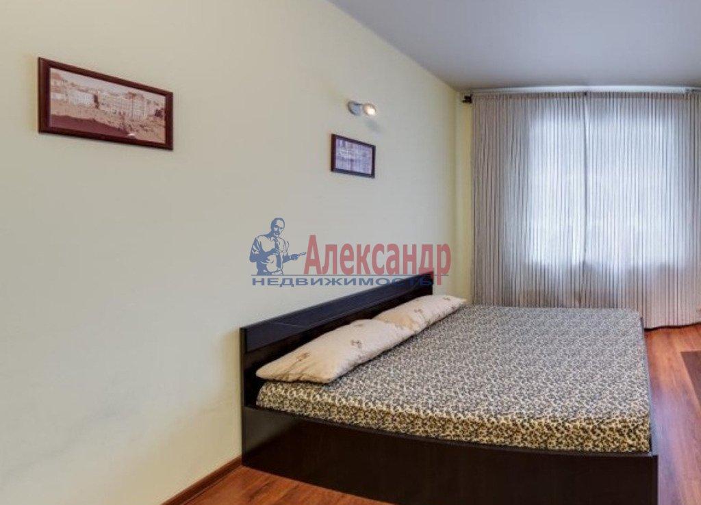 2-комнатная квартира (73м2) в аренду по адресу Московский просп., 73— фото 3 из 4