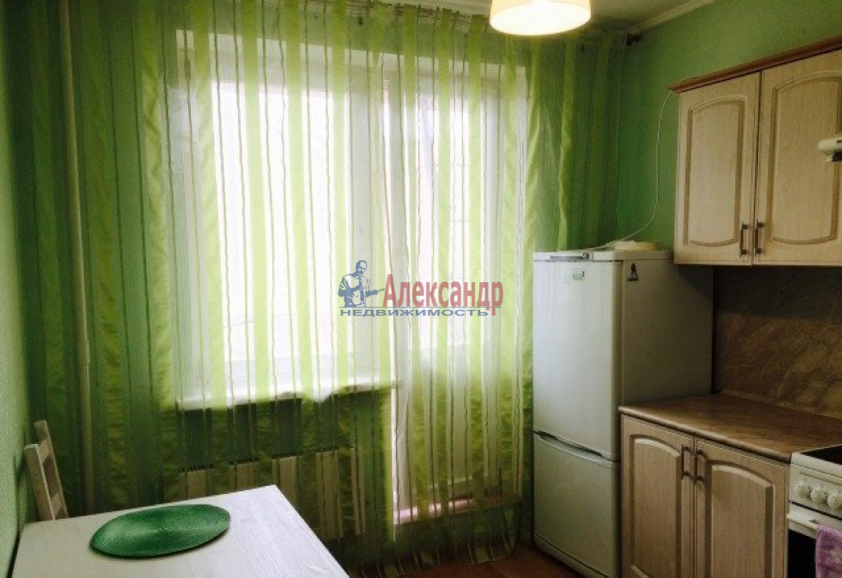 1-комнатная квартира (43м2) в аренду по адресу Маршала Захарова ул., 12— фото 1 из 4