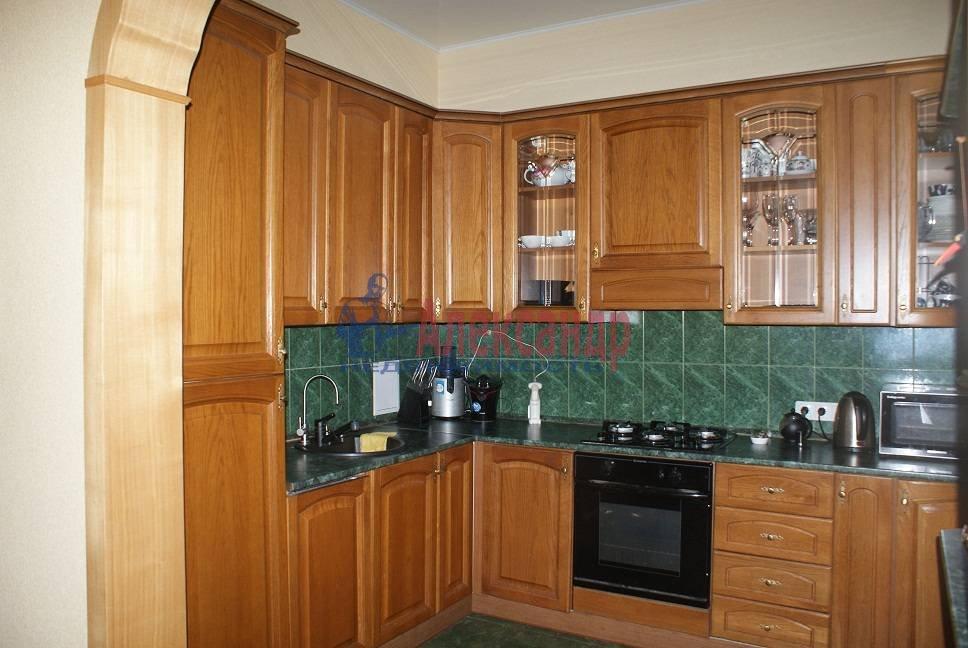 3-комнатная квартира (92м2) в аренду по адресу Краснопутиловская ул., 4— фото 2 из 5