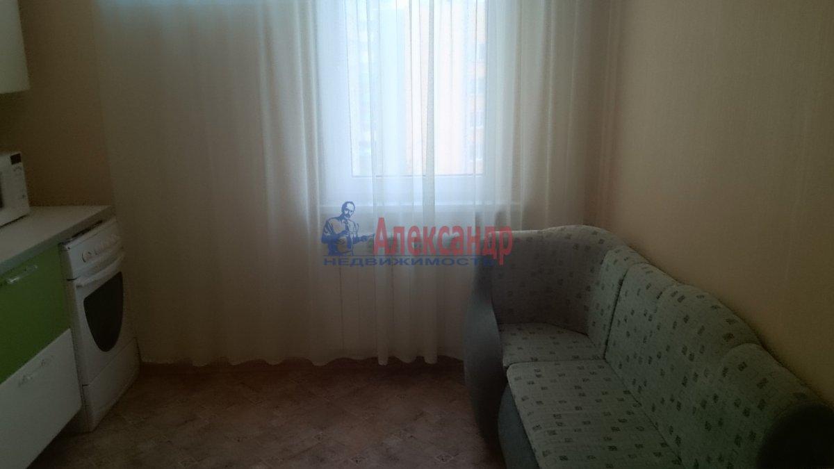 1-комнатная квартира (40м2) в аренду по адресу Стародеревенская ул., 6— фото 6 из 8