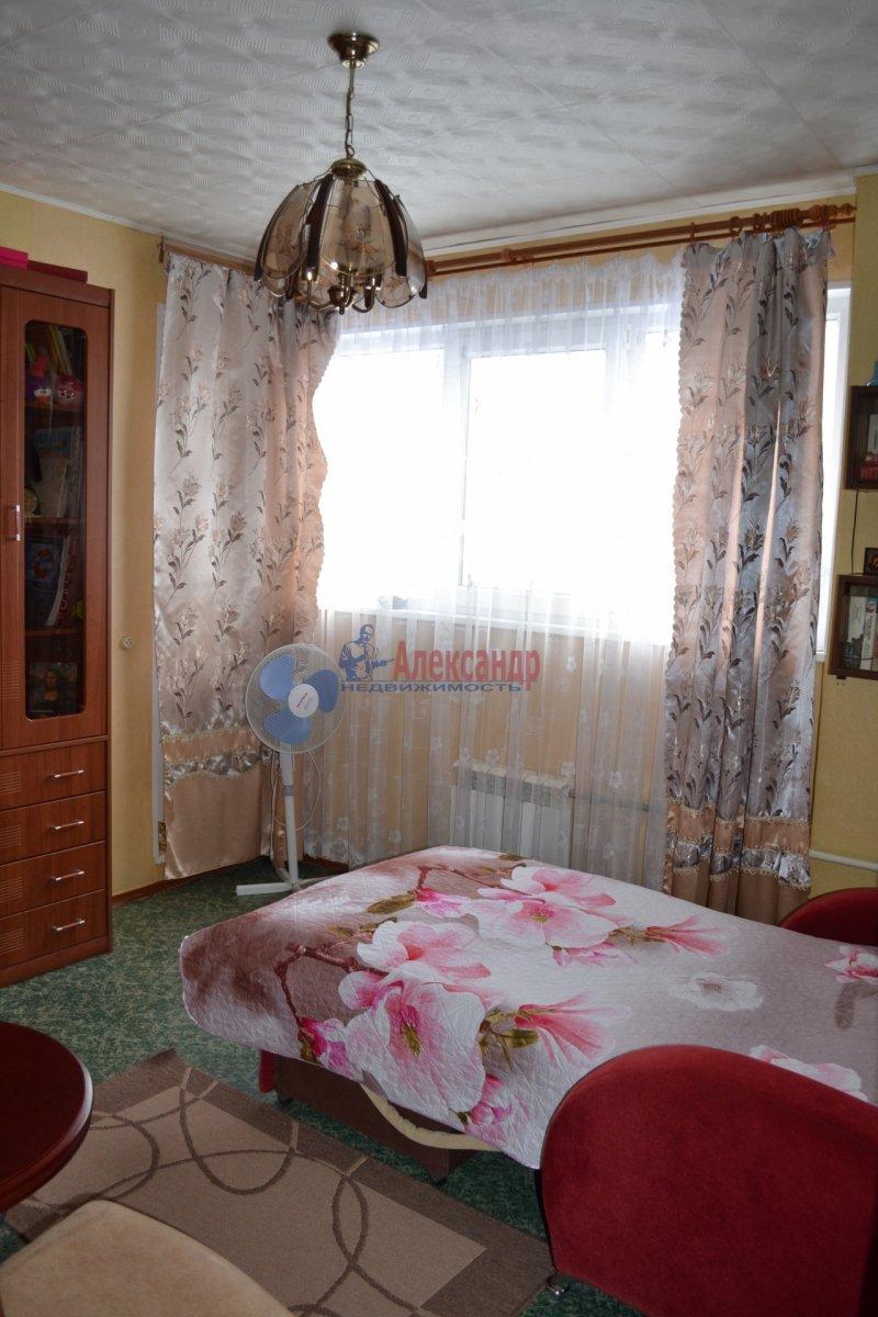 1-комнатная квартира (54м2) в аренду по адресу Лени Голикова ул., 29— фото 2 из 3