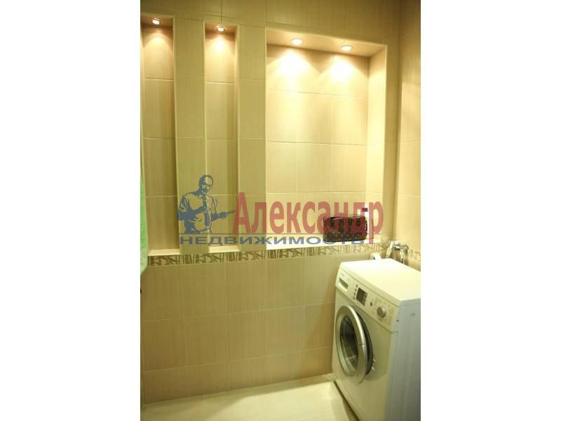 2-комнатная квартира (88м2) в аренду по адресу Передовиков ул., 9— фото 4 из 5