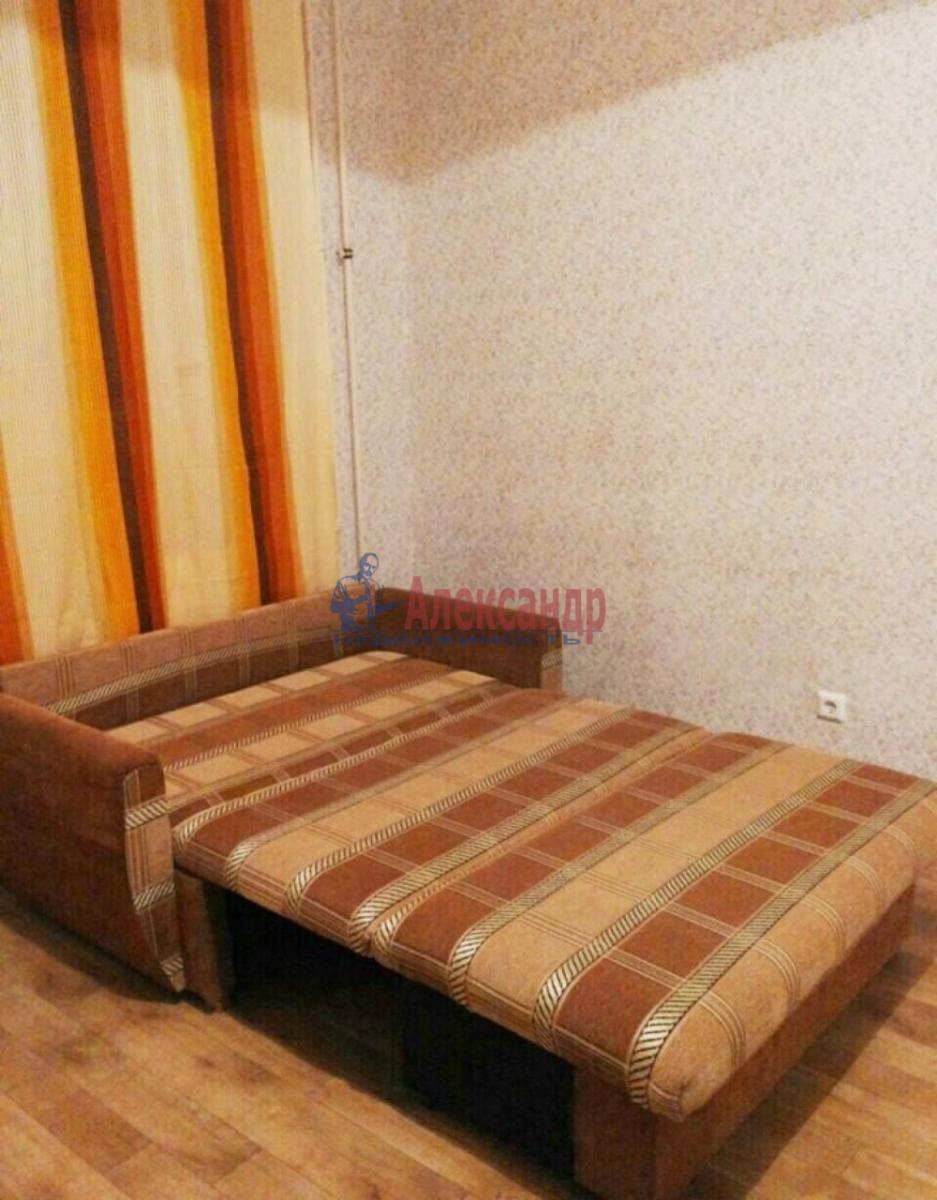 1-комнатная квартира (38м2) в аренду по адресу Ленинский пр., 111— фото 3 из 7