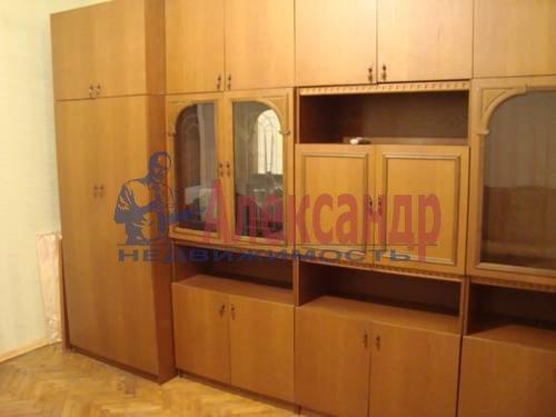 2-комнатная квартира (56м2) в аренду по адресу Большевиков пр., 3— фото 2 из 5