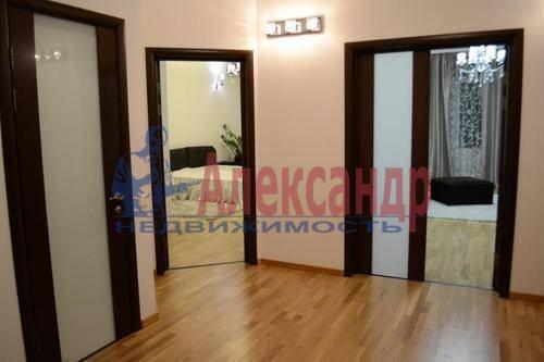 2-комнатная квартира (64м2) в аренду по адресу Кузнецовская ул., 44— фото 4 из 8