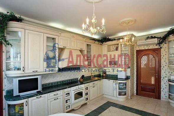 4-комнатная квартира (165м2) в аренду по адресу Гродненский пер., 12/14— фото 1 из 3