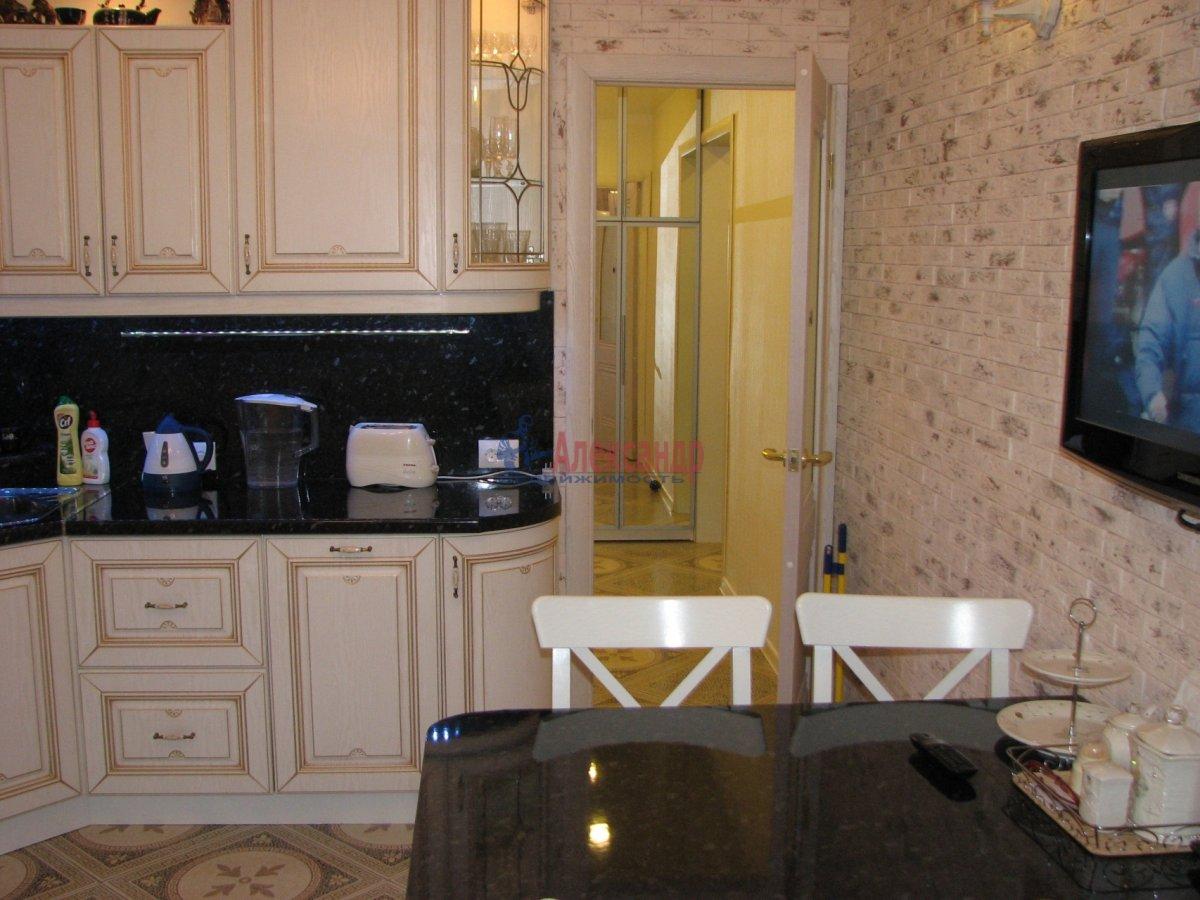 1-комнатная квартира (35м2) в аренду по адресу Олеко Дундича ул., 8— фото 2 из 5
