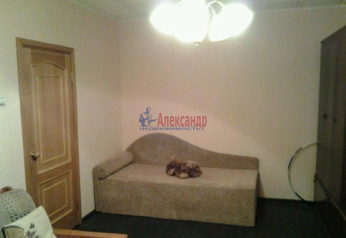 1-комнатная квартира (32м2) в аренду по адресу Ленинский пр., 115— фото 3 из 6
