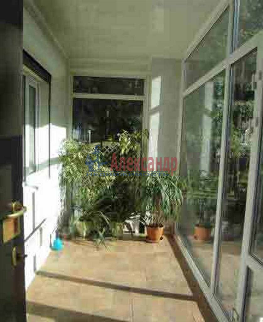 Дом (150м2) в аренду — фото 1 из 9