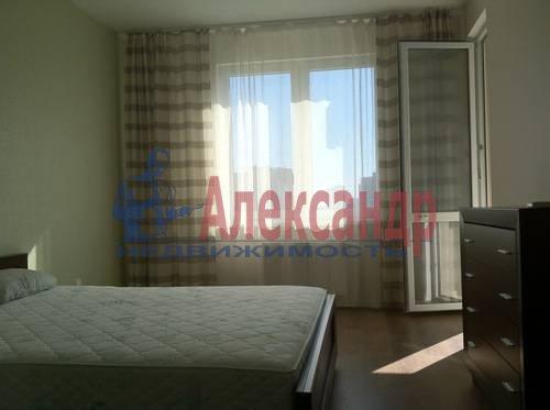 2-комнатная квартира (75м2) в аренду по адресу Космонавтов просп., 61— фото 7 из 17