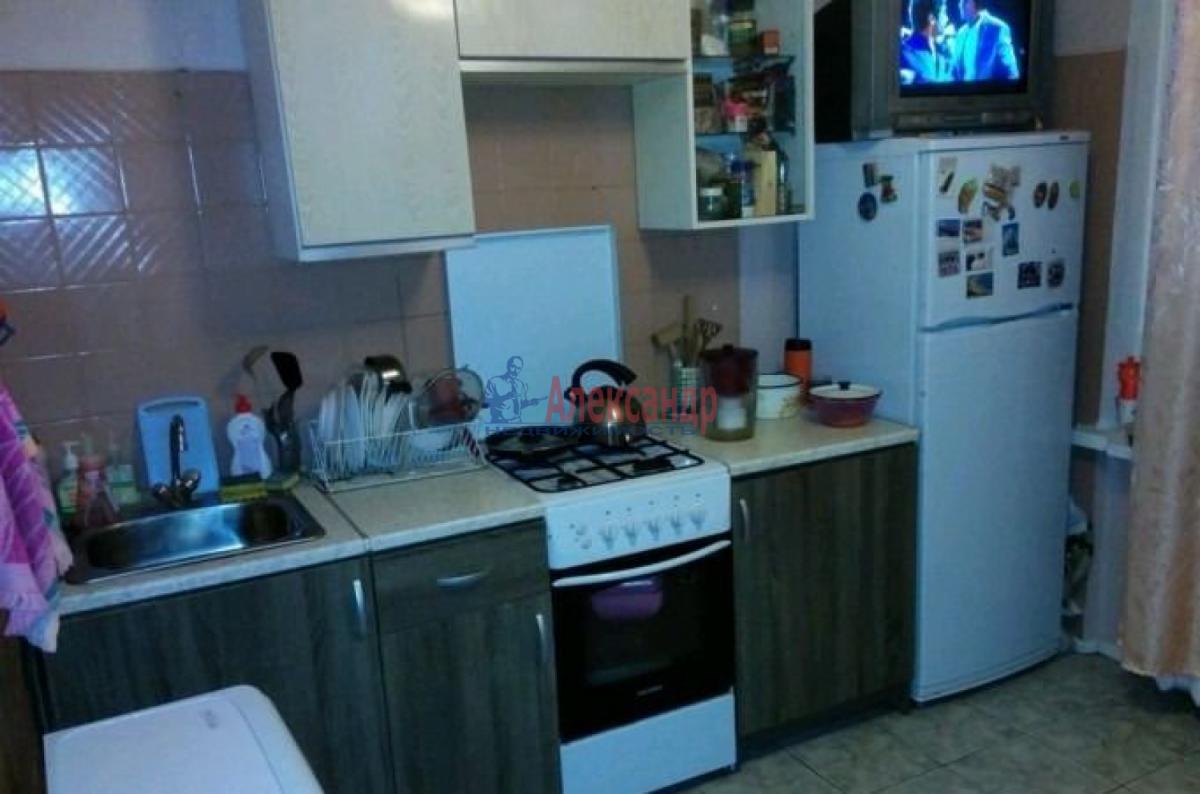 1-комнатная квартира (37м2) в аренду по адресу Орджоникидзе ул., 24— фото 2 из 3