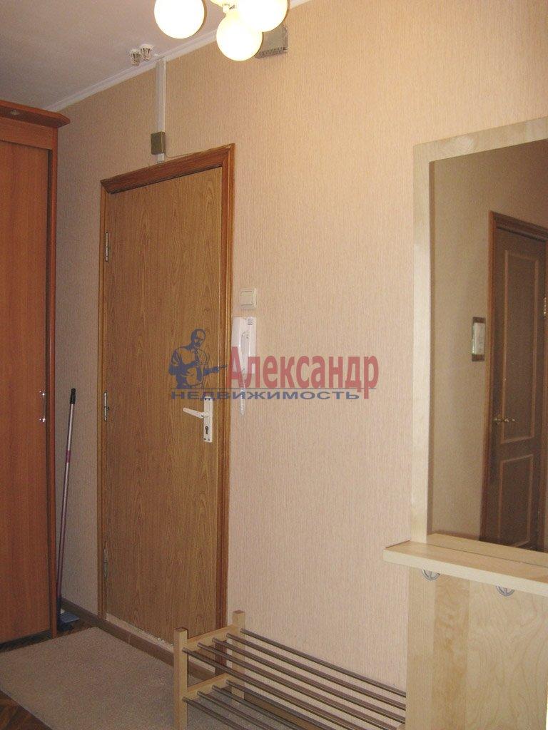 1-комнатная квартира (39м2) в аренду по адресу Заневский пр., 28— фото 6 из 9