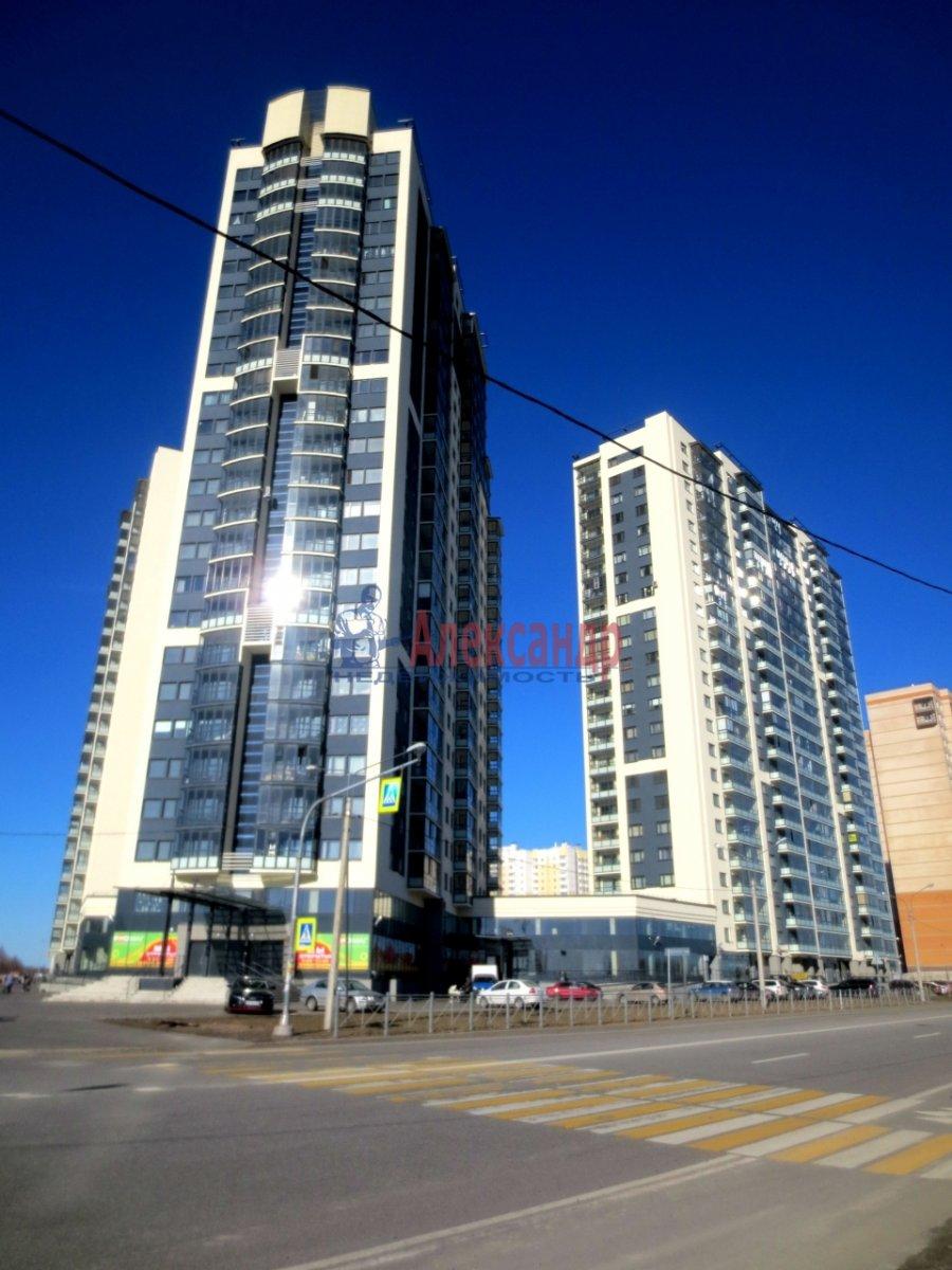 2-комнатная квартира (55м2) в аренду по адресу Мебельная ул., 35— фото 3 из 8
