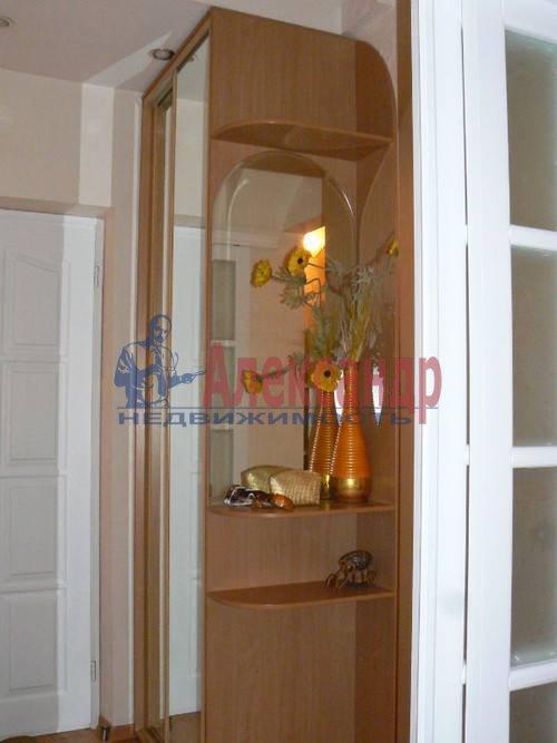 2-комнатная квартира (64м2) в аренду по адресу Дровяная ул., 2— фото 8 из 10