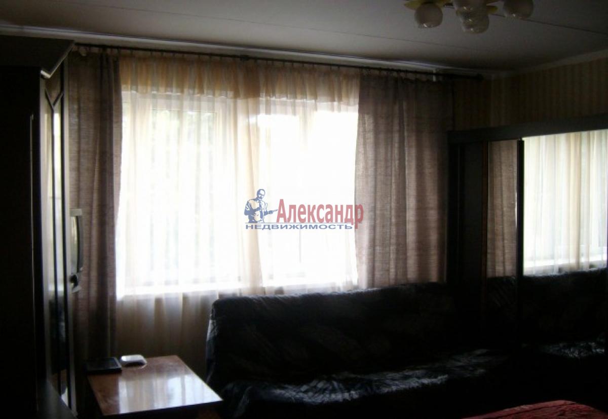 1-комнатная квартира (34м2) в аренду по адресу Танкиста Хрустицкого ул., 50— фото 2 из 5