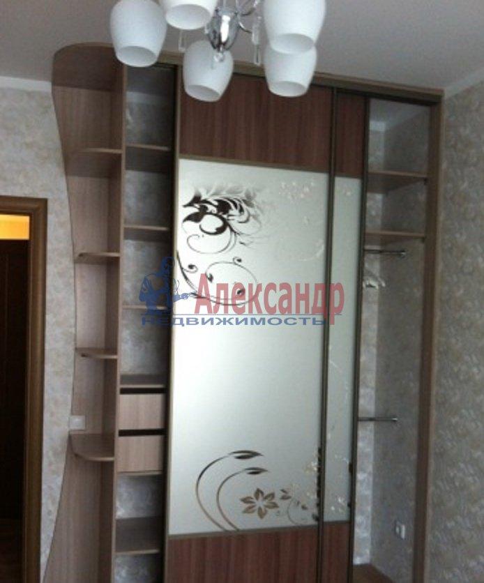 2-комнатная квартира (70м2) в аренду по адресу Просвещения пр., 15— фото 8 из 8