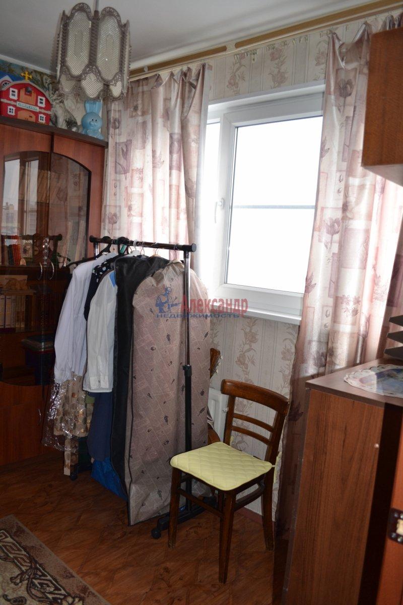 1-комнатная квартира (54м2) в аренду по адресу Лени Голикова ул., 29— фото 3 из 3