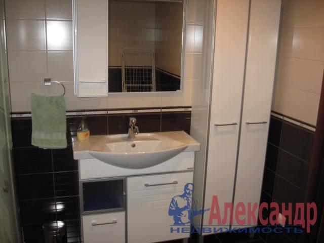 1-комнатная квартира (41м2) в аренду по адресу Учительская ул., 19— фото 3 из 3
