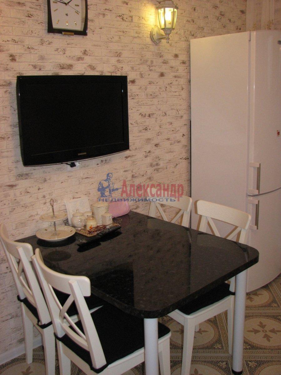 1-комнатная квартира (35м2) в аренду по адресу Олеко Дундича ул., 8— фото 3 из 5