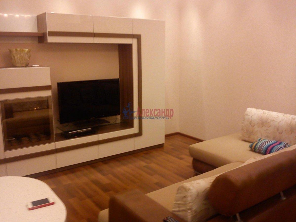 1-комнатная квартира (42м2) в аренду по адресу Бадаева ул., 6— фото 1 из 1