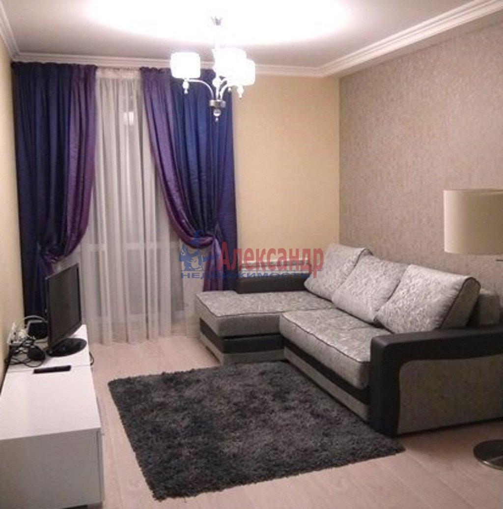 2-комнатная квартира (71м2) в аренду по адресу Глухая Зеленина ул., 6— фото 1 из 4