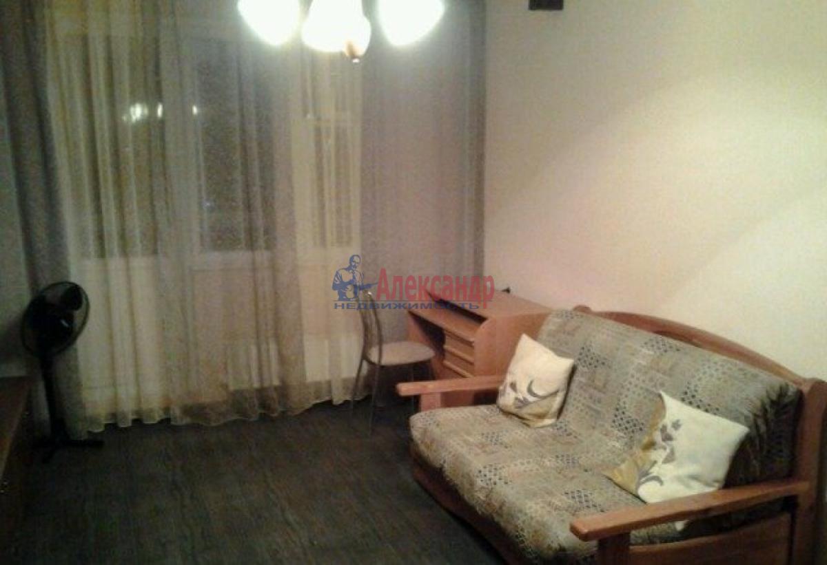 1-комнатная квартира (32м2) в аренду по адресу Ленинский пр., 115— фото 4 из 6
