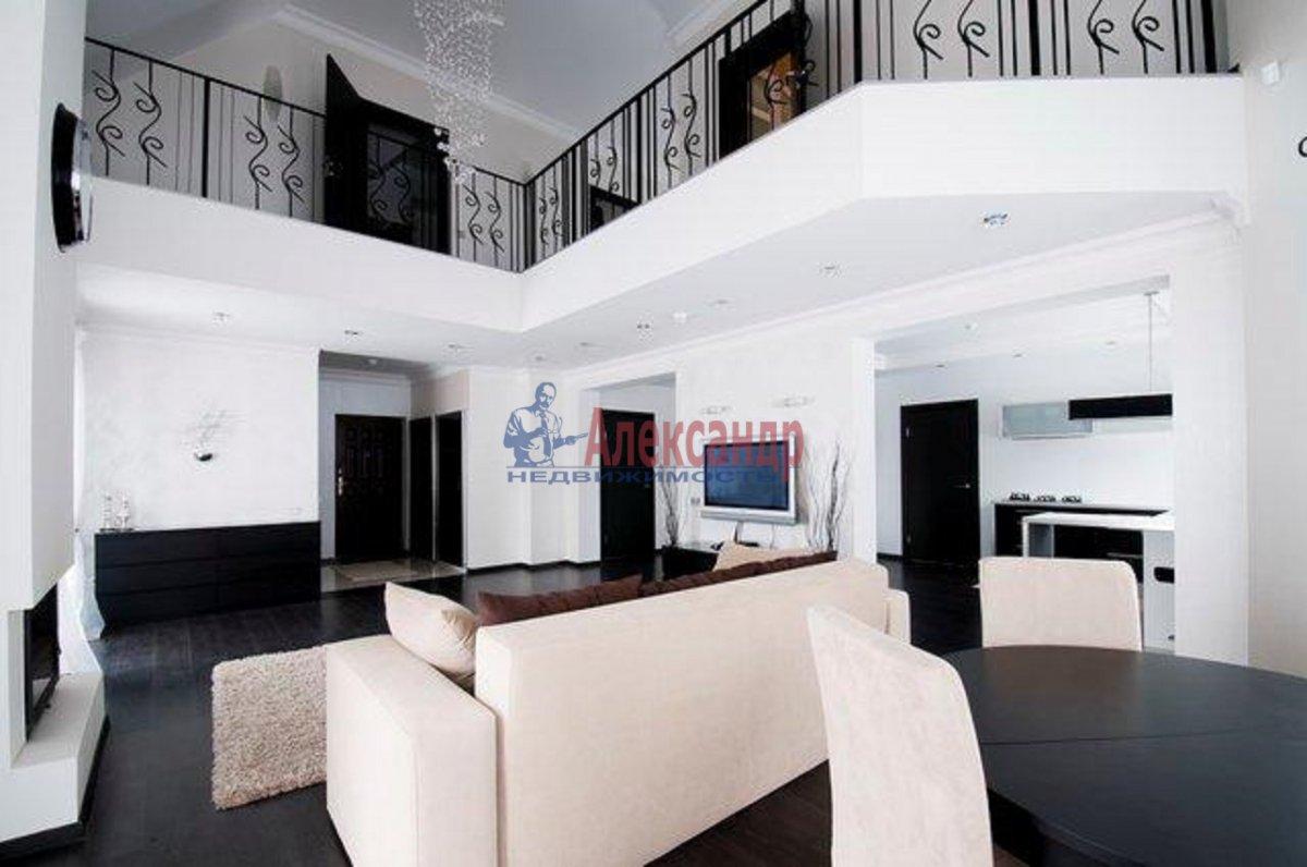 Дом (200м2) в аренду — фото 1 из 6