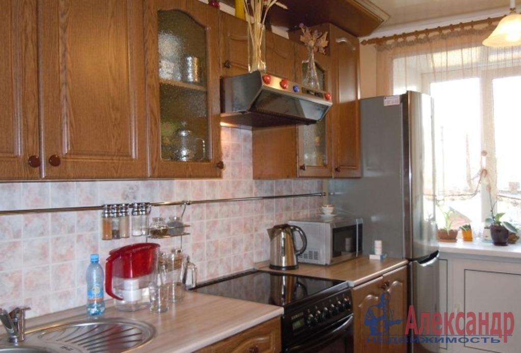 2-комнатная квартира (52м2) в аренду по адресу Десантников ул., 20— фото 3 из 4