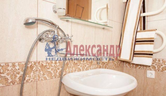 2-комнатная квартира (65м2) в аренду по адресу Бабушкина ул., 82— фото 7 из 9