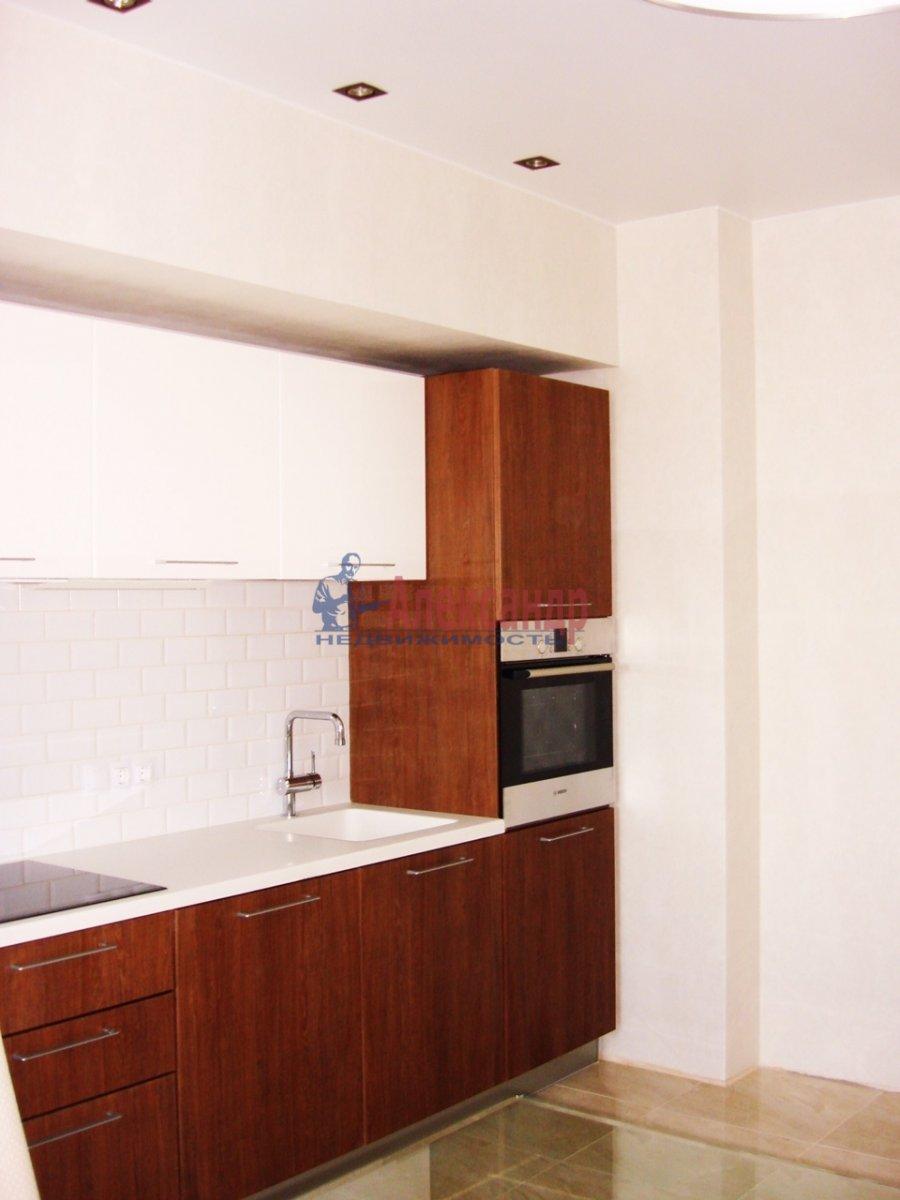 2-комнатная квартира (120м2) в аренду по адресу Новгородская ул., 23— фото 2 из 10
