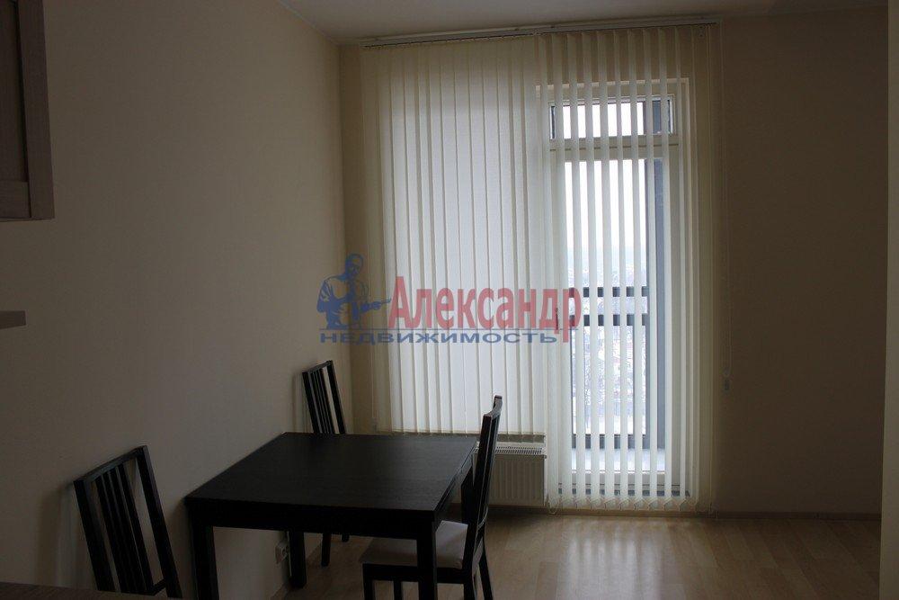 1-комнатная квартира (43м2) в аренду по адресу Композиторов ул., 12— фото 5 из 18