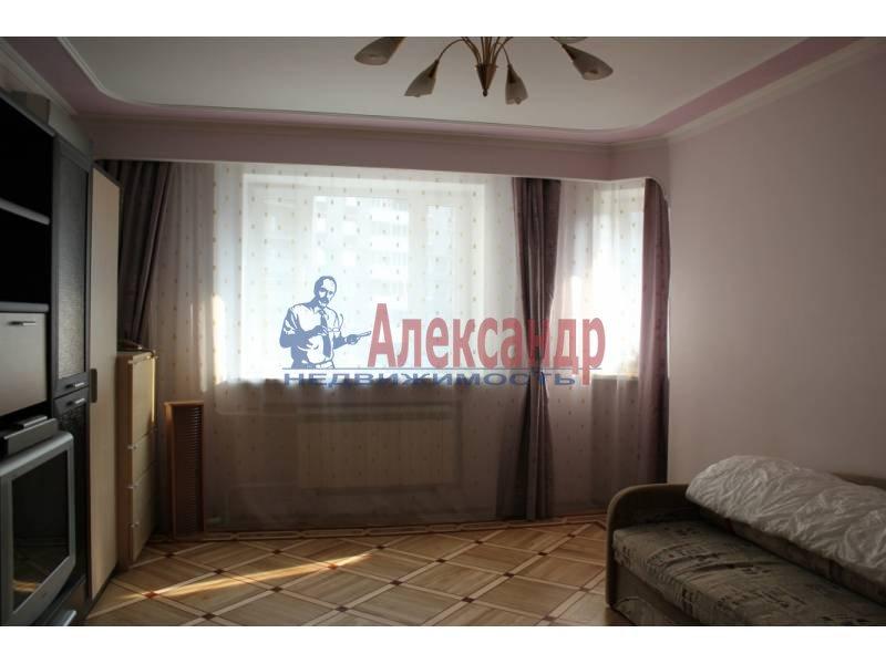 1-комнатная квартира (52м2) в аренду по адресу Поликарпова аллея— фото 3 из 7