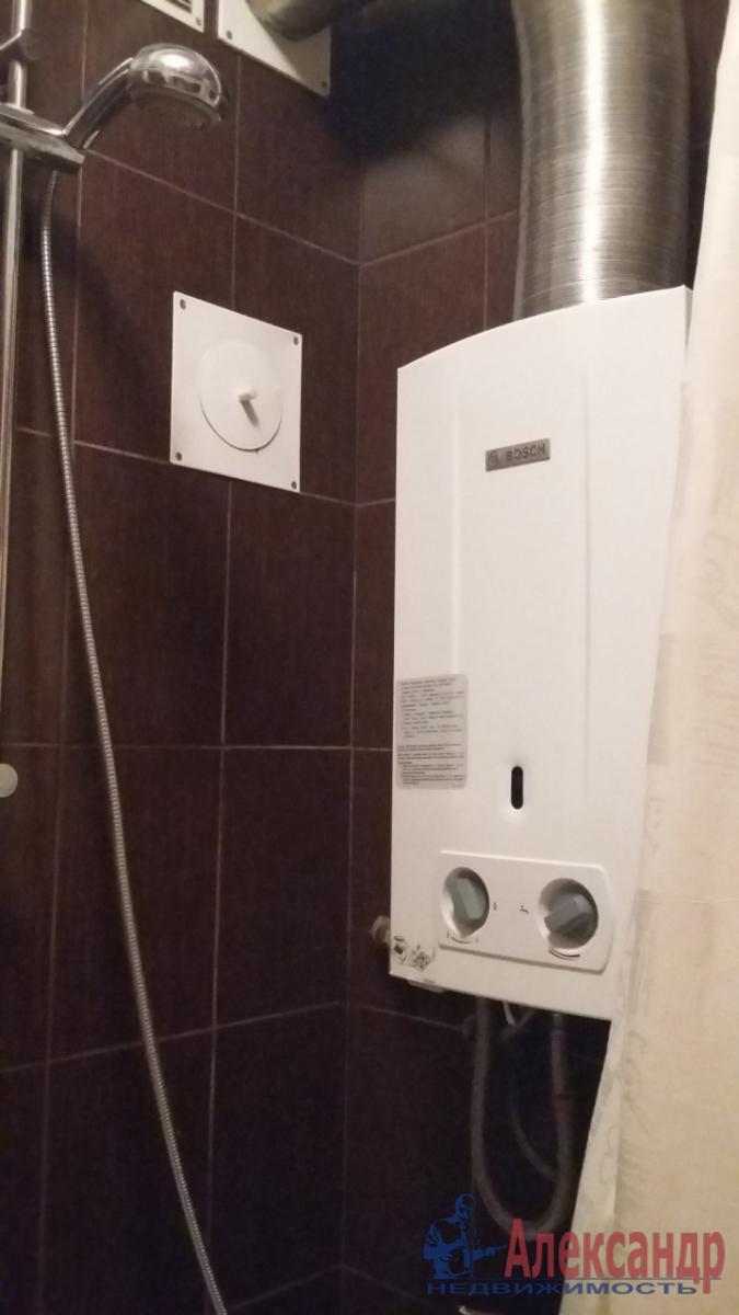 2-комнатная квартира (47м2) в аренду по адресу Новочеркасский пр., 45— фото 3 из 14