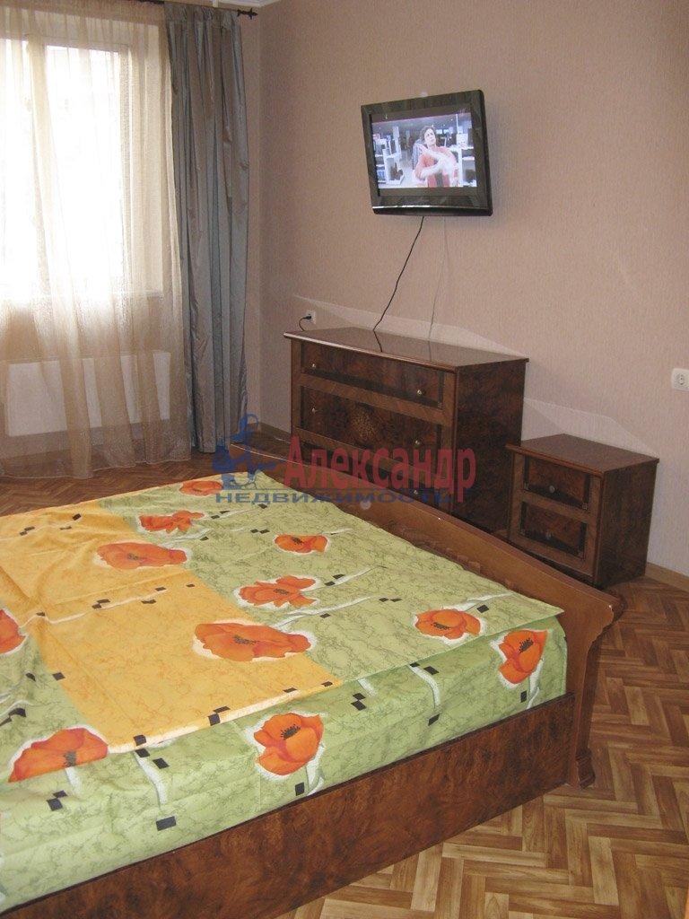 1-комнатная квартира (39м2) в аренду по адресу Заневский пр., 28— фото 8 из 9