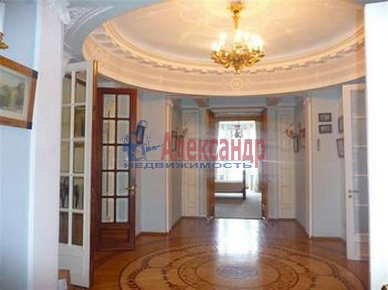 7-комнатная квартира (380м2) в аренду по адресу Каменноостровский пр., 75— фото 1 из 8