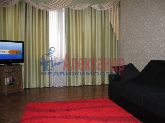 1-комнатная квартира (40м2) в аренду по адресу Дунайский пр., 5— фото 2 из 4