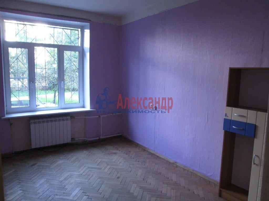 2-комнатная квартира (55м2) в аренду по адресу Ленсовета ул., 20— фото 4 из 5