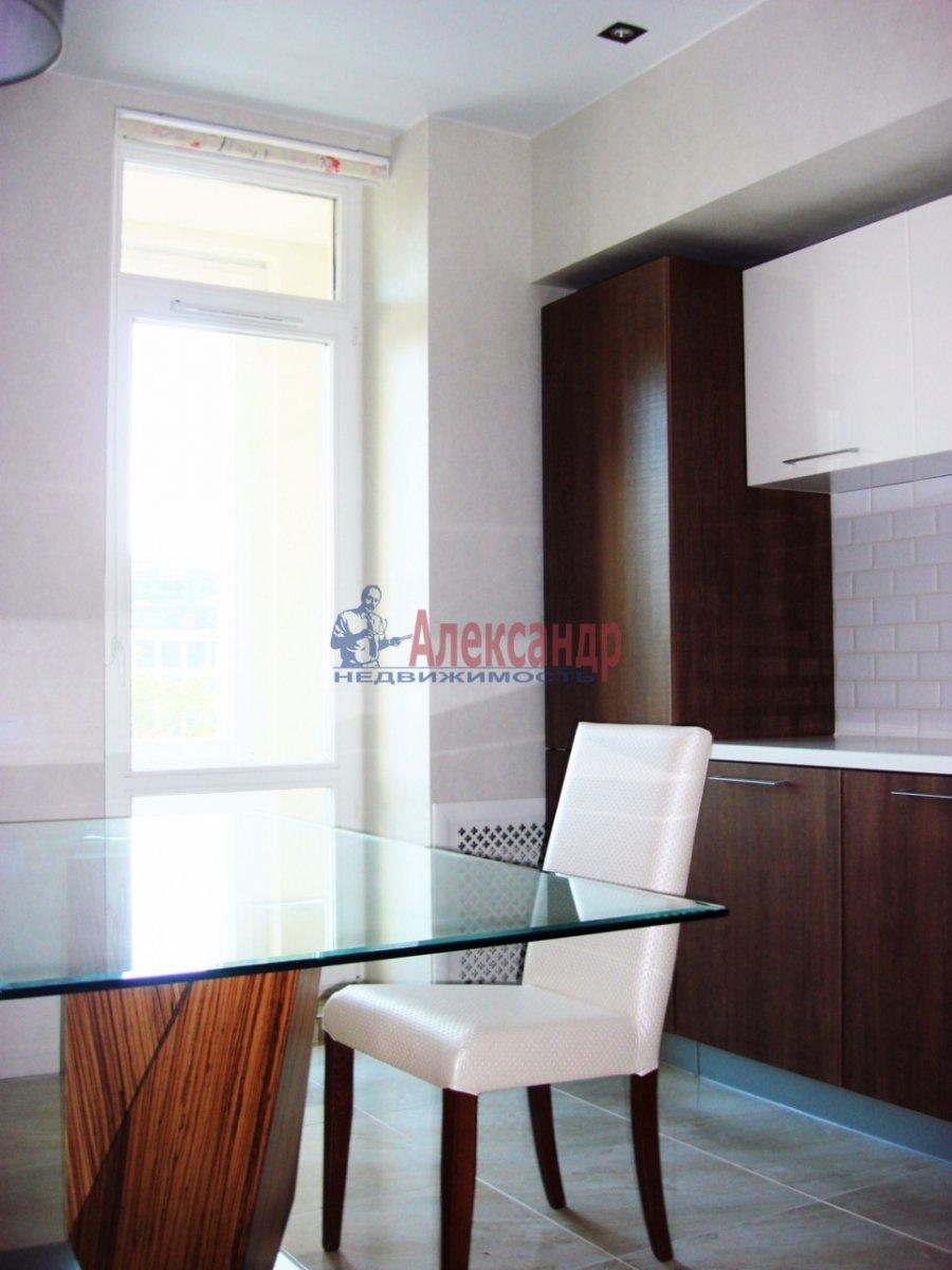 2-комнатная квартира (120м2) в аренду по адресу Новгородская ул., 23— фото 3 из 10